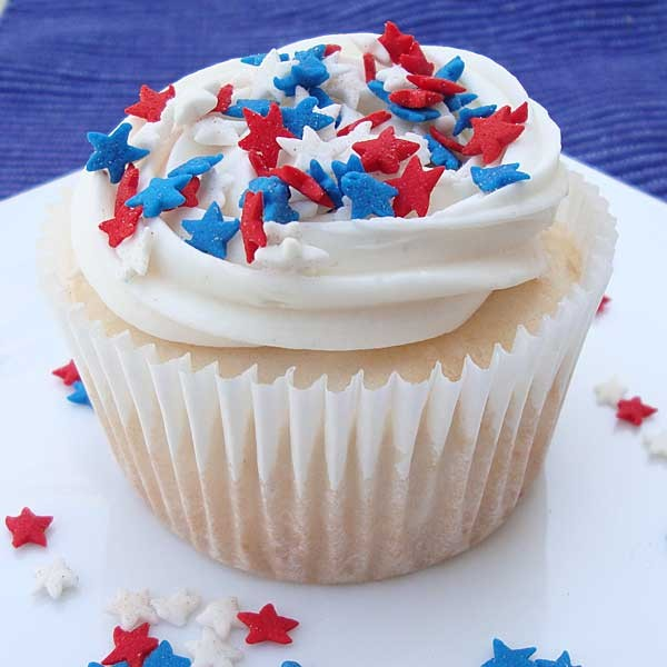 Red White Cupcakes with Sprinkles Recipe