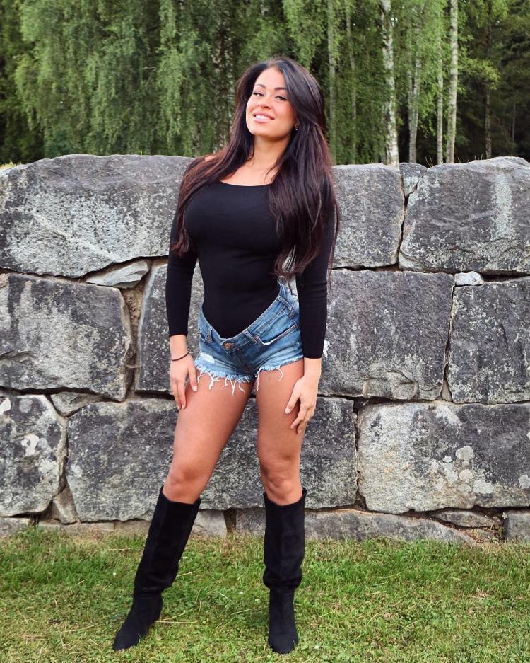 Clara Felicia Lindblom Fitness Model Instagram 2