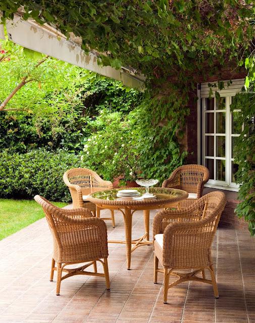 Klassisch schöne Gartenmöbel