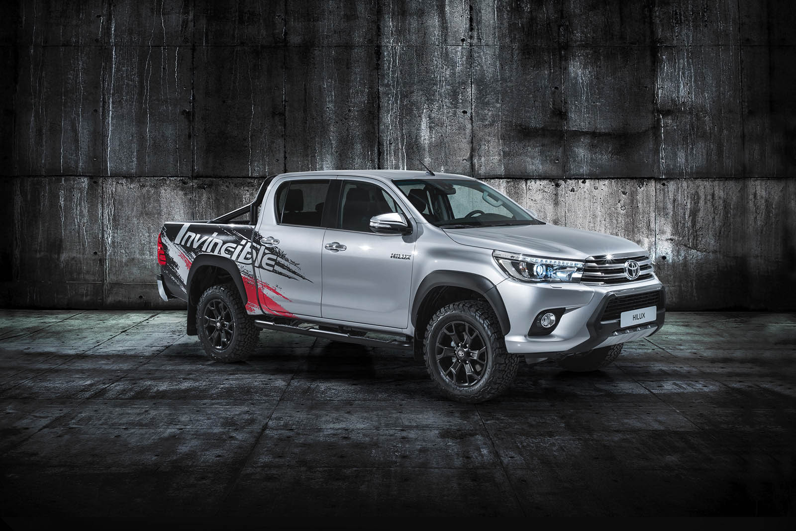 hilux goes to show toyota truck is still invincible after. Black Bedroom Furniture Sets. Home Design Ideas