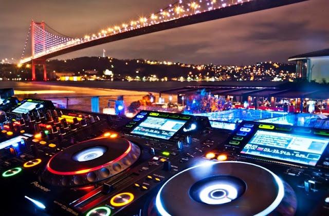 Yılbaşında İstanbul'daki eğlence kulüpleri