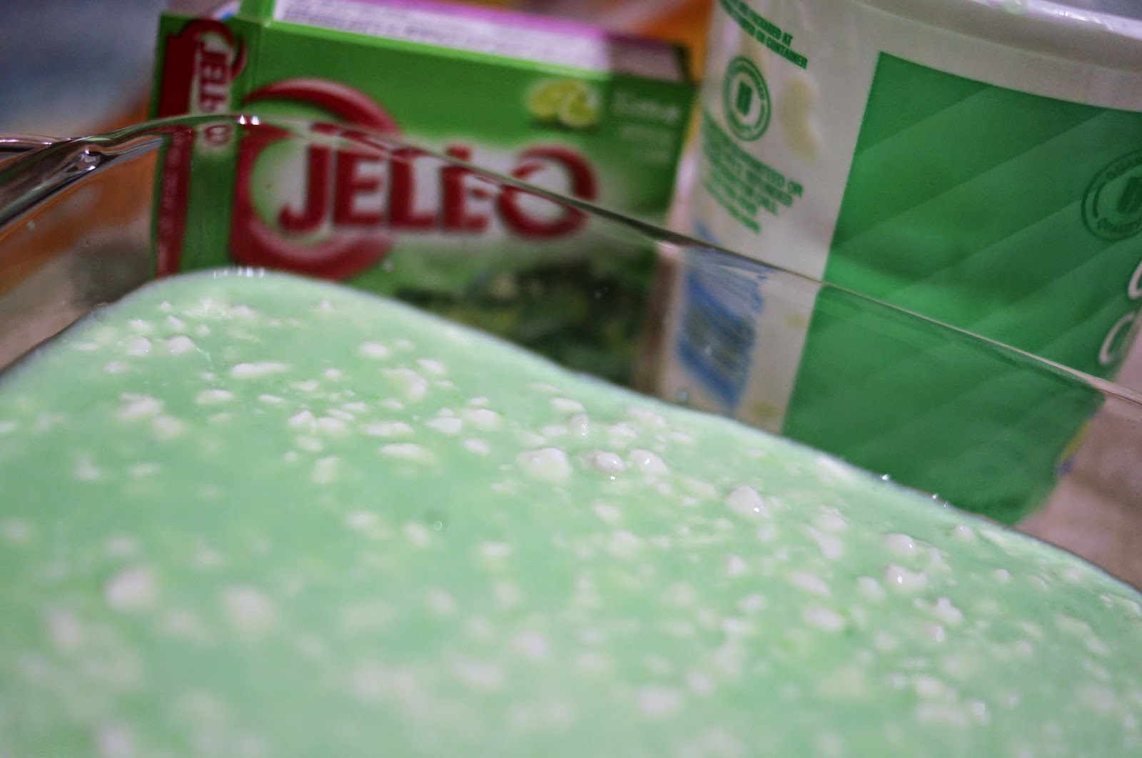 lime jello salad with pineapple and cool whip