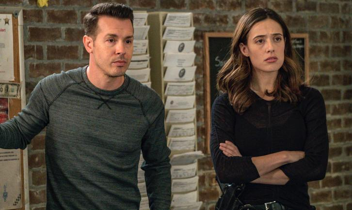 Chicago PD - Episode 5.08 - Politics - Promo, Promotional Photos, Interview & Press Release