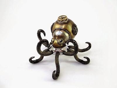 Pulpo steampunk hecho con metales reciclados