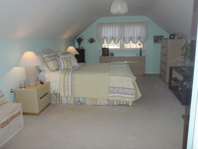 Cape Cod bedroom