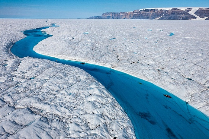 Blue River, Pemandangan Menakjubkan di Greenland