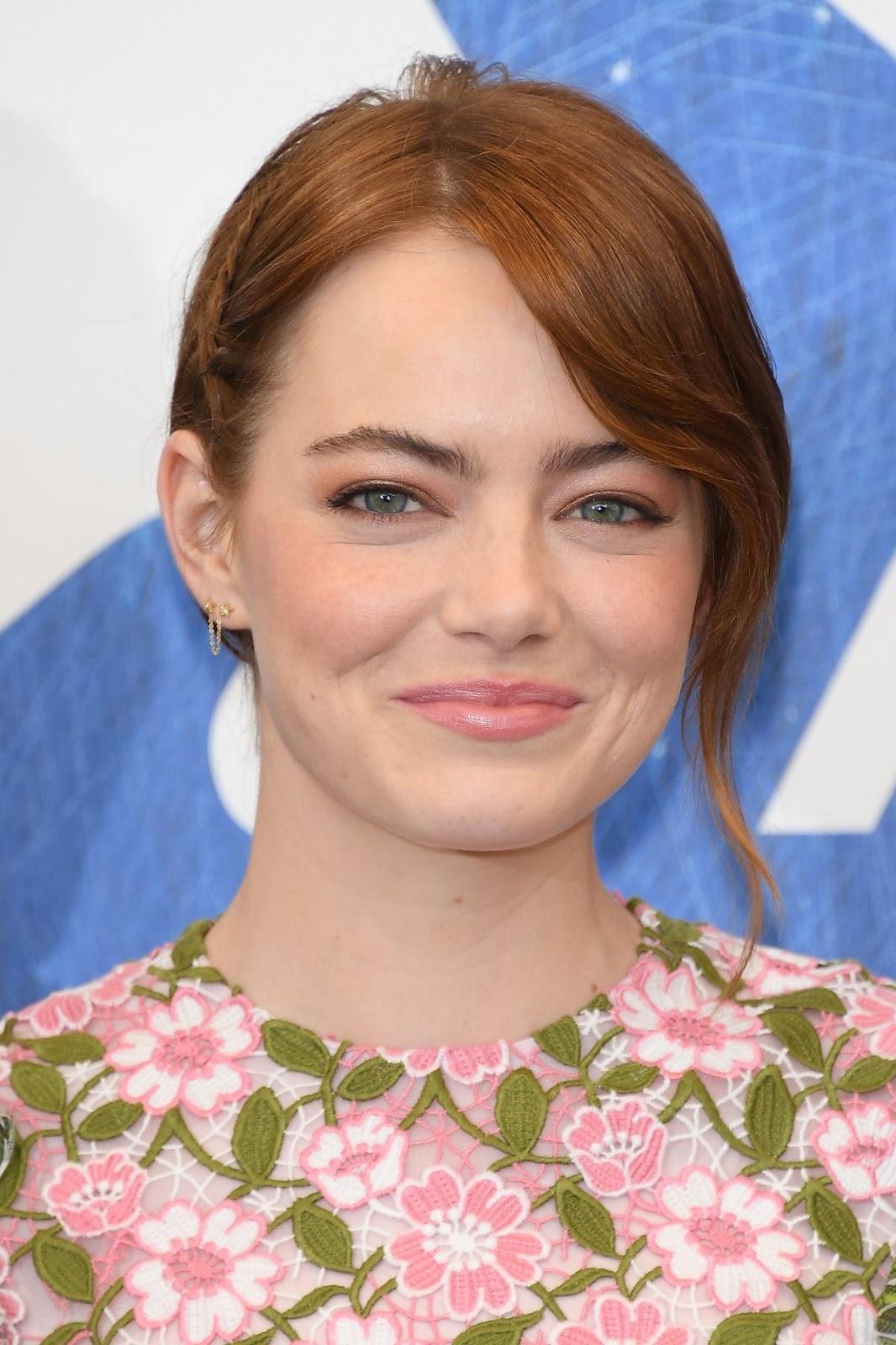 Emma Stone At La La Land Photocall At 73rd Venice Film Festival