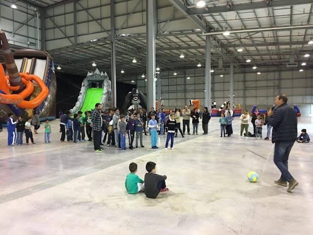 El Centro de Convenciones Punta del Este recibió más de trescientos niños de escuelas en el Parque de Invierno