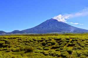 Gunung Kerinci di Jambi Sumatera
