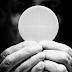 El Vaticano dice que las hostias sin gluten no valen para la Eucaristía