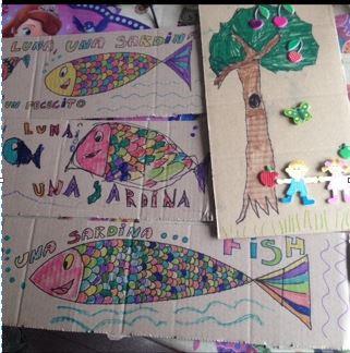 peces árbol cartón