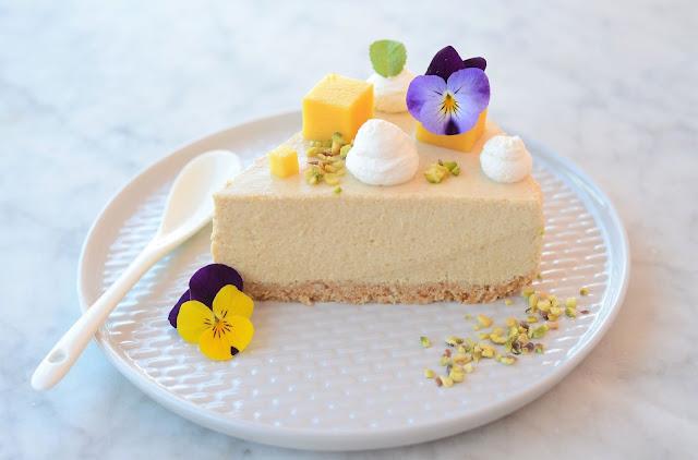 Cheesecake al mango senza cottura