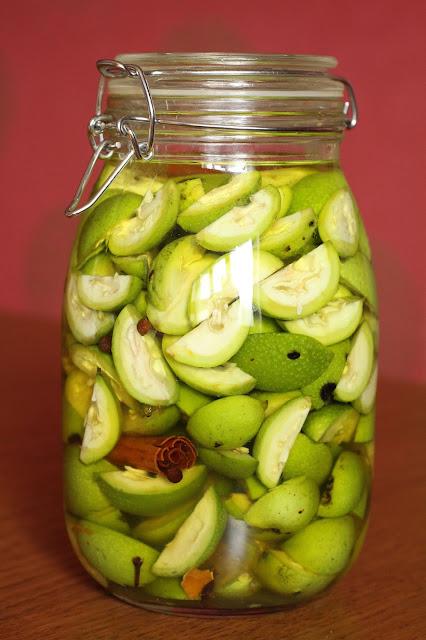 liqueur italienne aux noix vertes saint jean