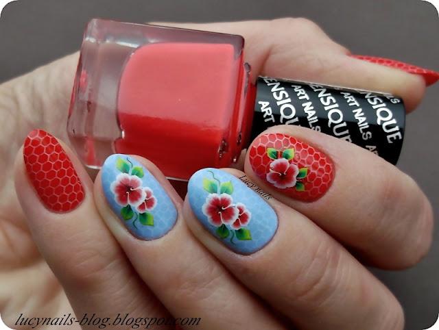 kwiaty_na_paznokciach