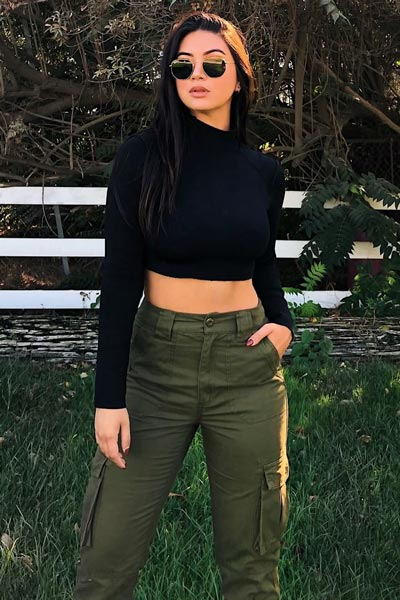 30 Trendy Fall Clothing Ideas for Every Day of Month   High Rise Utility Pants