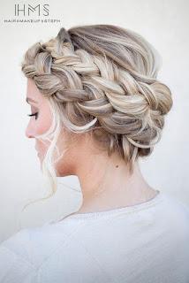 coiffure mariage cheveux longs femme 2017
