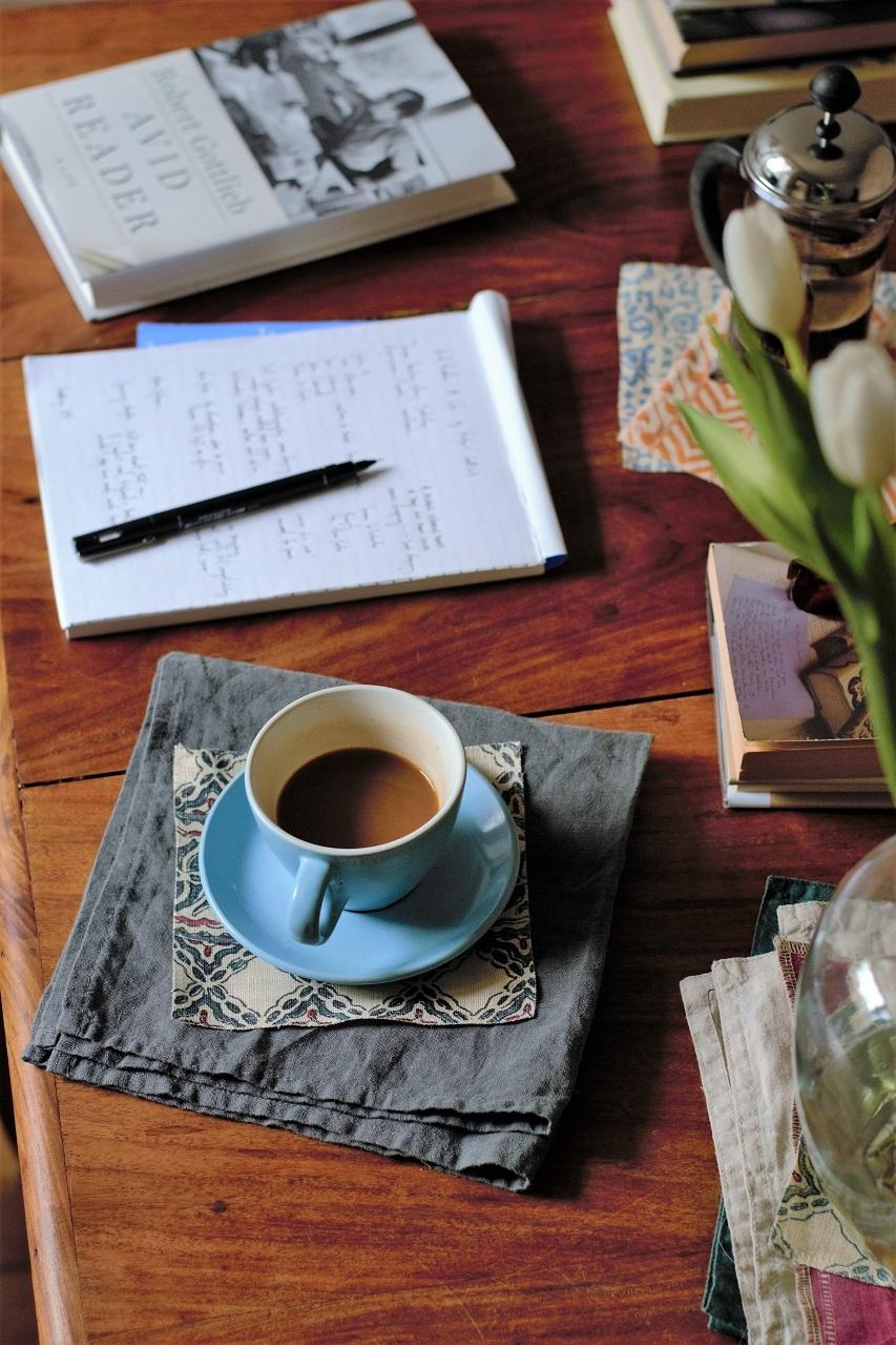 Avid Reader: A Life by Robert Gottlieb · coffee · Lisa Hjalt
