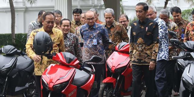 Timses Balas Kritik Permintaan Maaf Prabowo: Ingkar janji Pak Jokowi Apa Kabar?