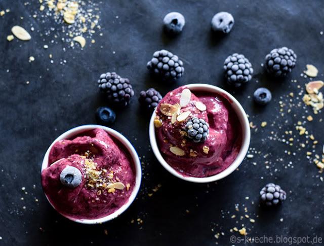 Berry Frozen Yoghurt