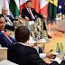 Senyum Jokowi Diapit Trudeau dan Macron Saat KTT G20