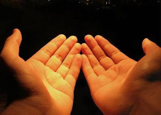 Doa Malam Pertama Menikah Lengkap Bahasa Arab, Latin dan Artinya