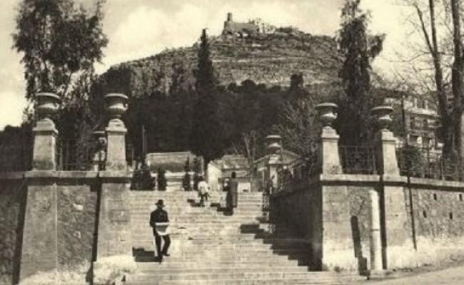 Η ιστορία της κολώνας που έδωσε το όνομα στο Κολωνάκι