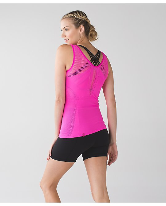 lululemon enlighten-tank raspberry-glo
