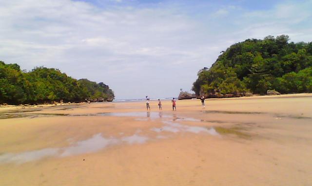 Gambar Pantai Clungup