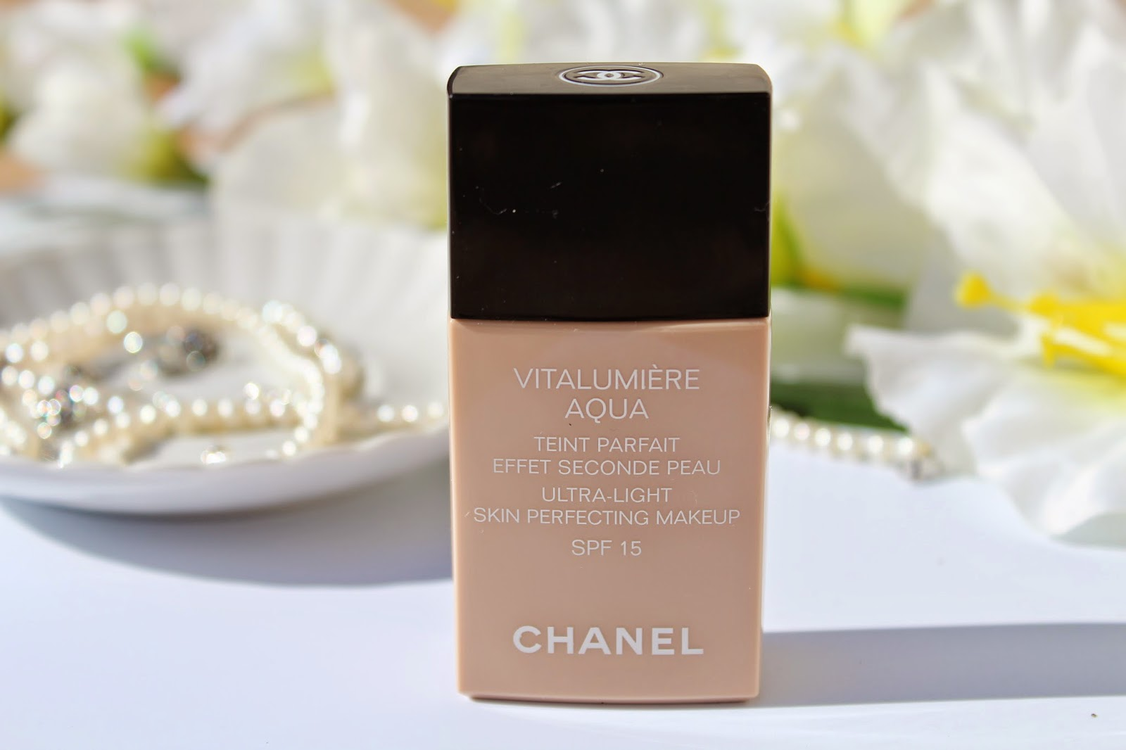 Chanel Vitalumiere Aqua :Review