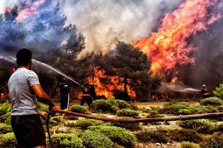 Yunan basını Türkiye'yi suçlamak için yangını ABD çıkarttı