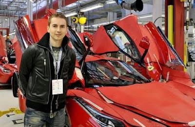 Ini Dia Mobil Favorit Jorge Lorenzo, Harganya Super Mahal!