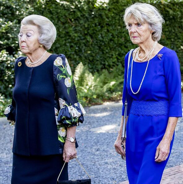 Princess Christina, the sister of the former Queen Beatrix, passed away. Queen Maxima, Princess Mabel, Princess Laurentien