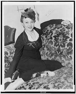 Sally Rand | Vintage burlesque, Burlesque, Old hollywood