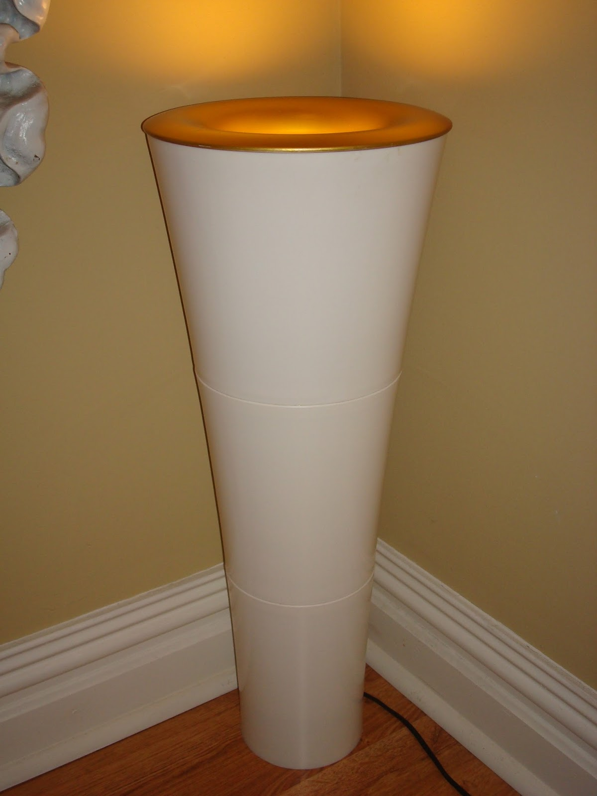 Era Antiques 1980 S 90 S Pvc Pedestal Torchiere Floor Lamp In The Manner Of Joe Colombo