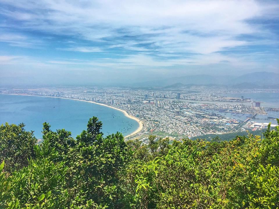 Vẻ đẹp của biển Đà Nẵng