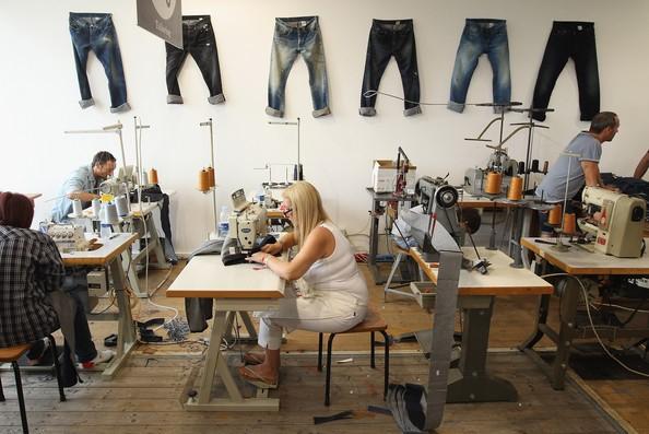 Kinh doanh thời trang phụ thuộc nhiều vào nguồn hàng