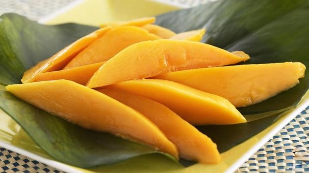 Cẩn trọng với 3 loại trái cây có thể gây hại khôn lường khi ăn vào buổi tối