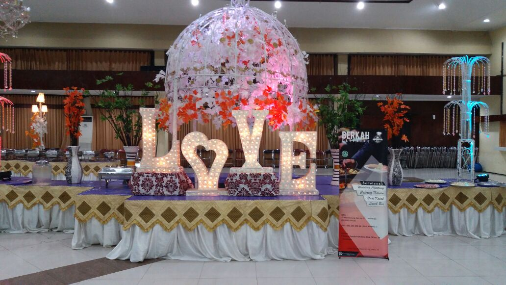 dekorasi catering pernikahan murah di