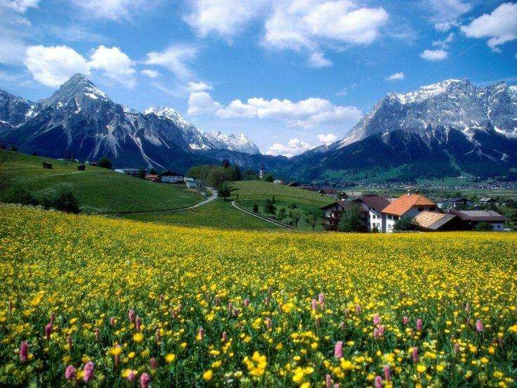 Gambar Pemandangan Gunung dan Rumah  Kumpulan Gambar