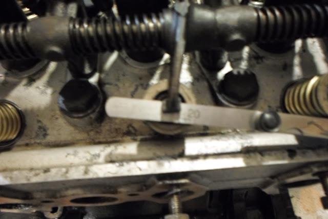 coté échappement réglage à 0,20 Peugeot 203