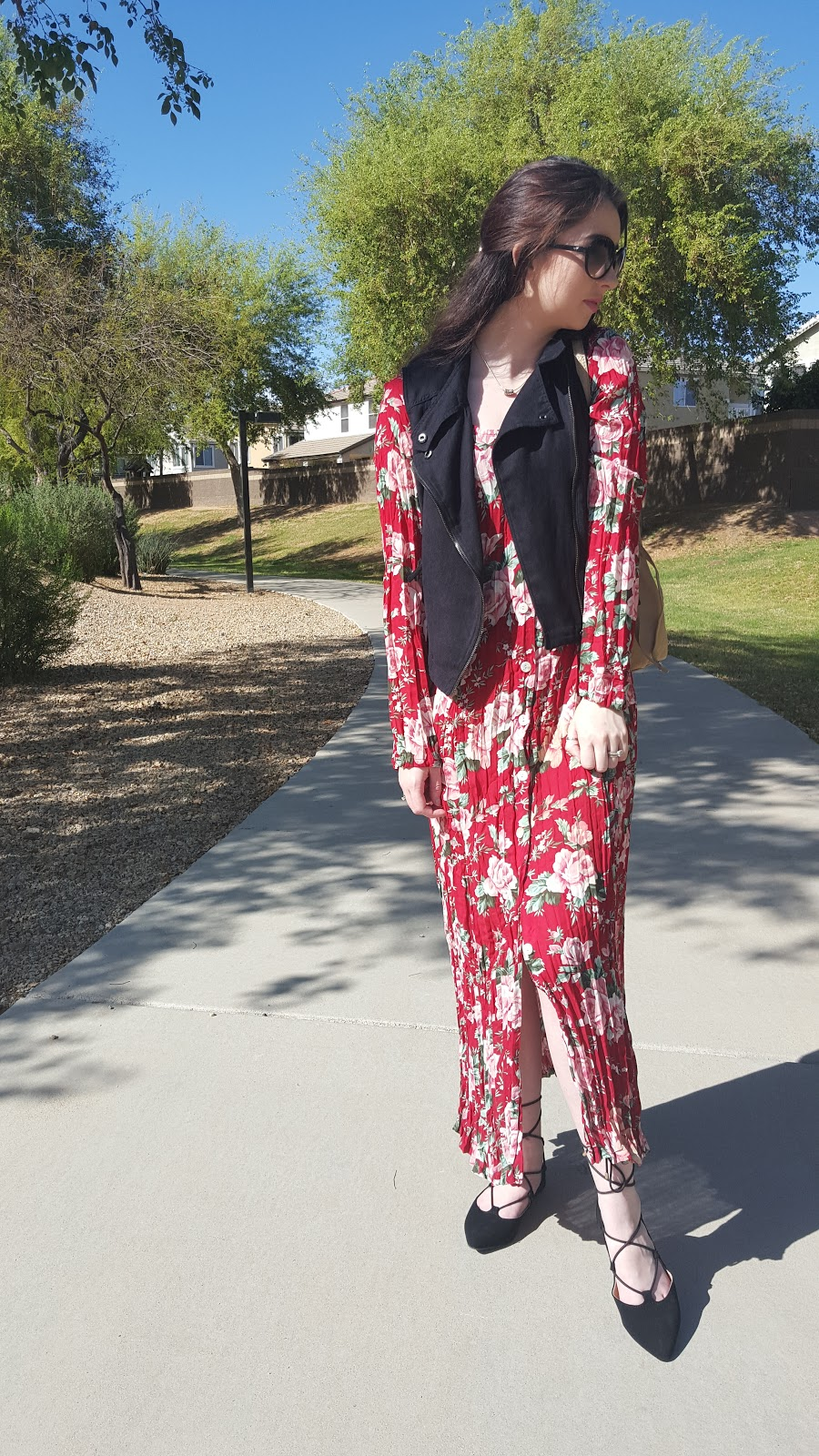 spring outfit- vintage floral maxi dress
