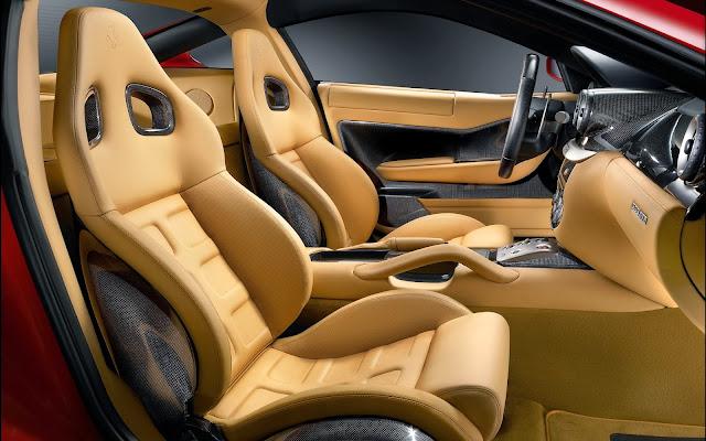 Menjaga Pelapis Sintetis Pada Interior Mobil