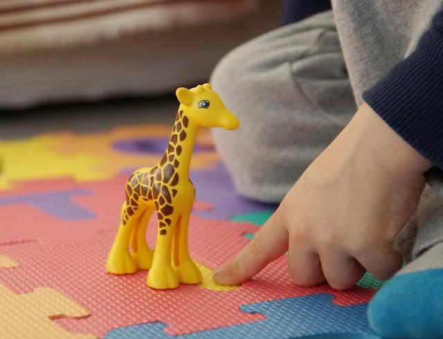 Abtauchen ins Reich des Spielens: Ein Plädoyer für mehr Quality Time in der Familie (+ Verlosung). Die gemeinsame Zeit mit unseren Kindern ist uns als Eltern wichtig.