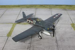 Hasegawa F6F-3 1/48.