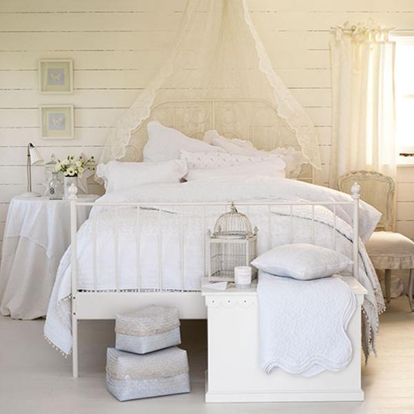 Romantic and Feminine Shabby Chic Bedroom