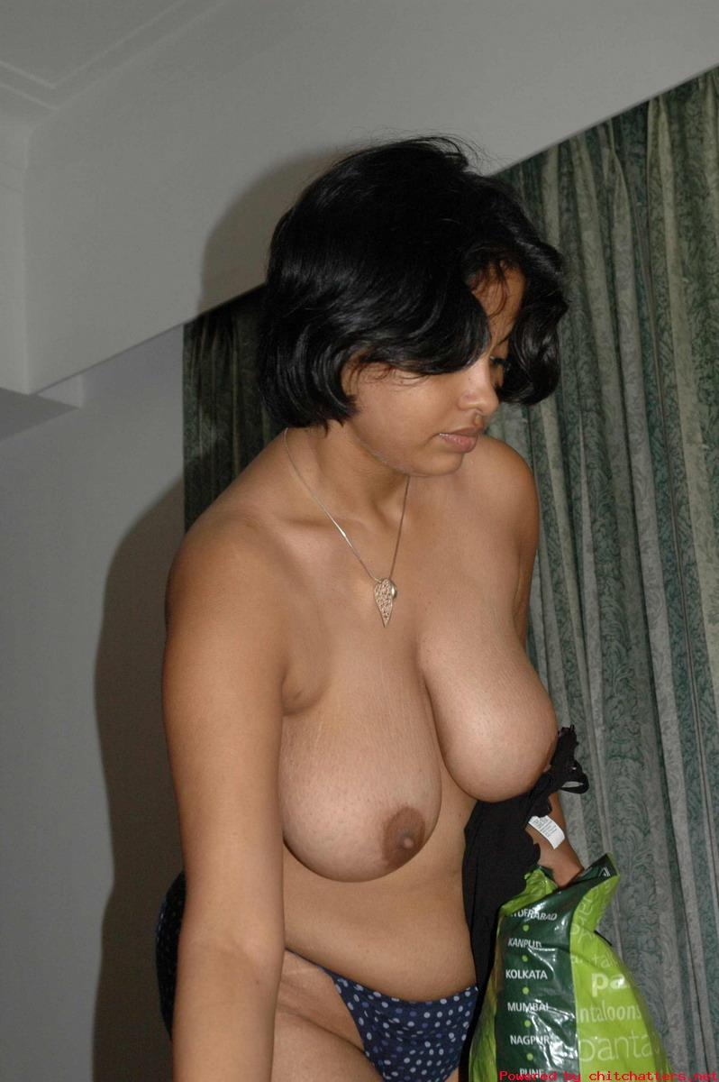 aunty undressing