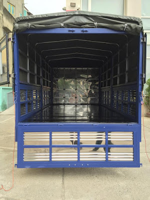 cửa xe thùng bạt hyundai hd65