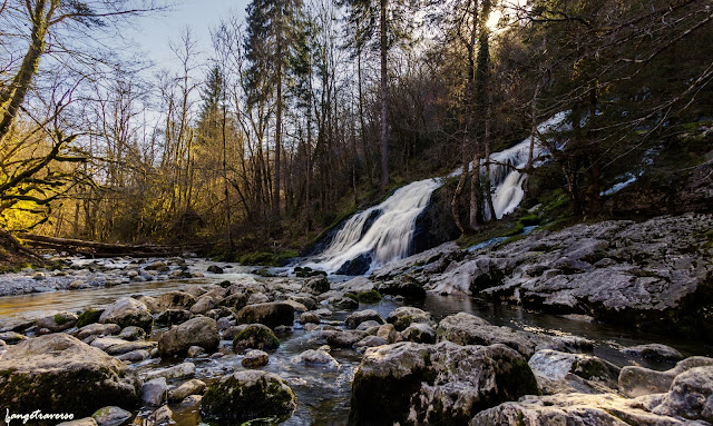 Lescheraines, Savoie, Cascade du Pissieux