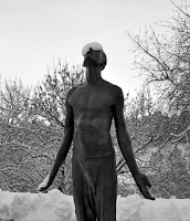 http://fineartfotografie.blogspot.de/2013/06/skulptur-im-winter.html