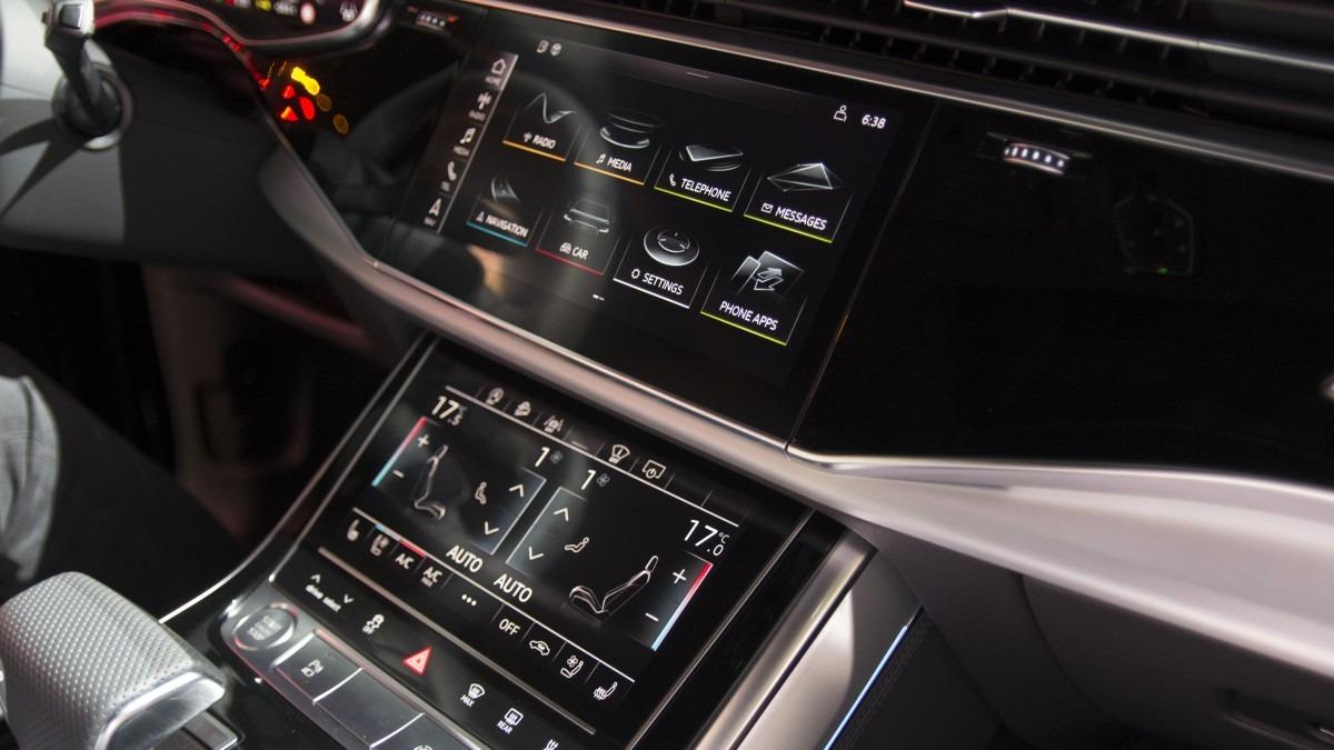 Audi Q8 nội thất